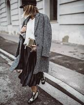 coat,ankle boots,black skirt,white sweater,black hat