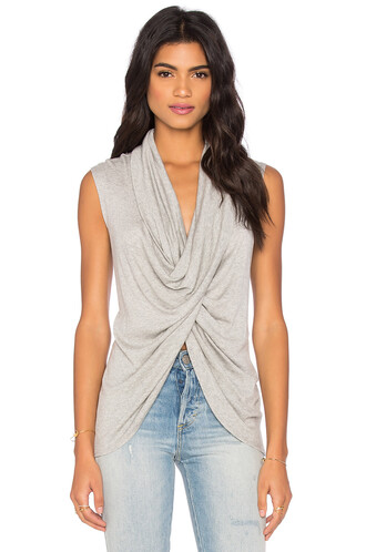 top cross sleeveless grey