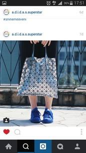 bag,tote bag,metallic,geometic,pyramids,pattern