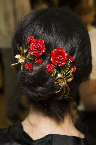 hair accessory hair gold accessories rose dolce and gabbana fashion model style head jewels hairstyles hair bow hair clip red roses flowers floral