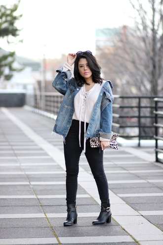 natymichele blogger jacket sweater jeans shoes bag sunglasses denim jacket clutch lace up jumper black jeans ankle boots