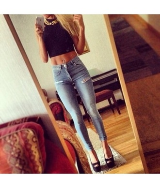 top black crop tops gold necklace jewelry septum piercing hoop nose ring jeans