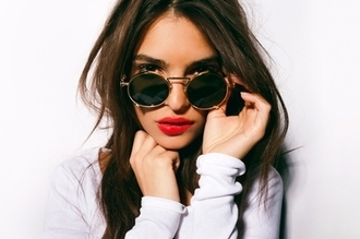 sunglasses emily ratajkowski round sunglasses gold frame round retro glasses summer holidays