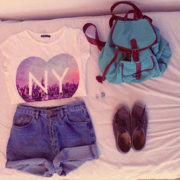 ny shirt ny top rolled up shorts sneakers brown sneakers blue rucksack shoes t-shirt tshirt high waisted short shorts bag beautiful blue vintage school