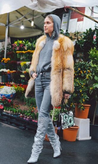 shoes boots jeans hoodie jacket fur pernille teisbaek milan fashion week 2018 fashion week streetstyle blogger