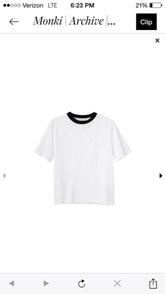 blouse white tee with black collar