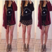 shorts,shoes,jacket,shirt,black,white,burgundy,cardigan,floral,skirt,daisy,california,long sleeves,cute,jewelry,sweater,ily,i love thiss,adorable outfit