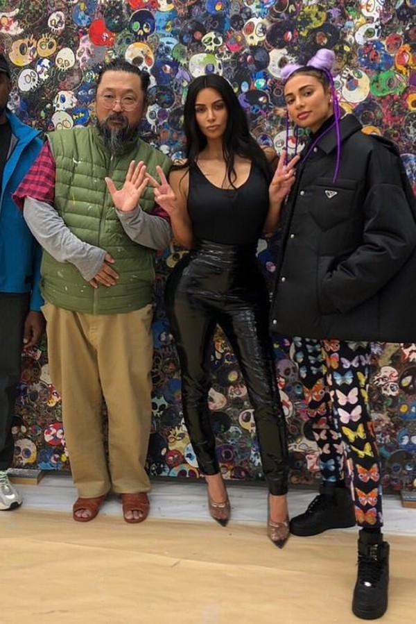 pants kim kardashian kardashians celebrity all black everything vinyl bodysuit