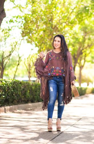 cute & little blogger top t-shirt leggings jeans shoes jewels bag