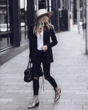 shoes,snake shoes,ankle boots,ripped jeans,black jeans,skinny jeans,black blazer,handbag,white top,hat