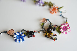 authentics jewels needle work glass bead necklace glass bead jewelry