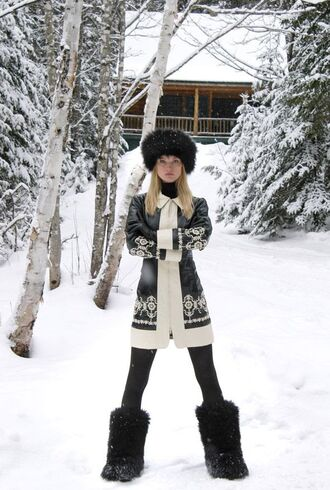 hat black fur hat black hat fur hat cardigan long cardigan pattern chris brown leggings black leggings boots black boots furry boots winter outfits winter look