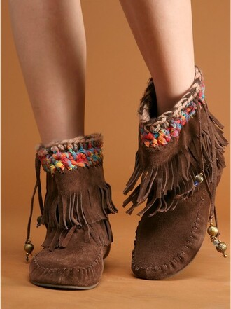 shoes moccasins boho fringes pocahontas lovely indian indian boots moccasin ankle boots hippie moccasin boots ankle boots beaded fringe mocassin brown