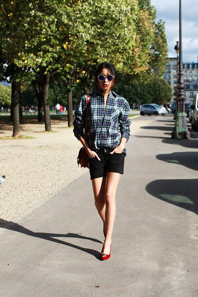 chic muse shirt shorts sunglasses bag shoes