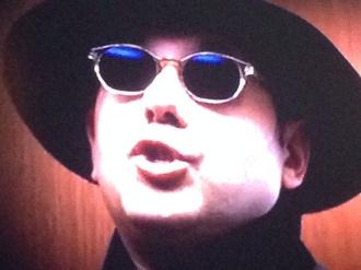 sunglasses retro white collar mozzie