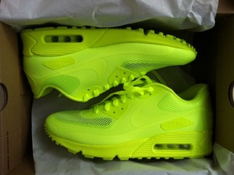 shoes trainers lime nike air force nike air air jordan hat bright sneakers nike yellow fluo air max nikeairmaxvolt 90 neon beautiful highlighter lime green sneakers