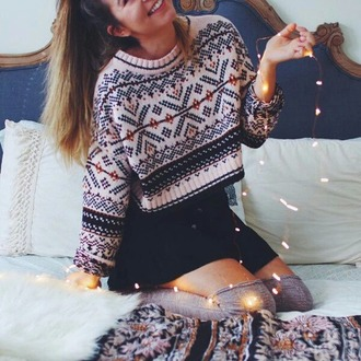 sweater christmas sweater black dress christmas leggings christmas holiday season tumblr cropped sweater mini skirt black skirt