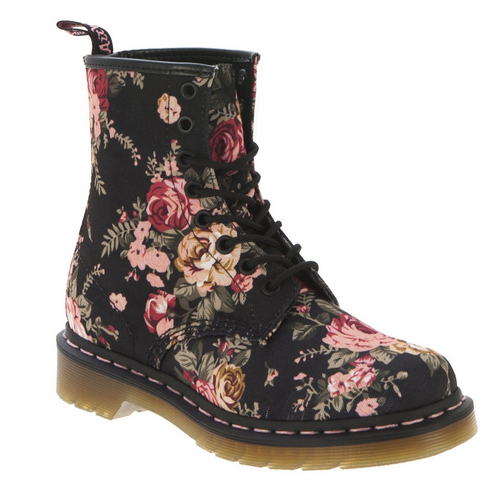 dr martens floral boots photo yasi 39 s photos buzznet. Black Bedroom Furniture Sets. Home Design Ideas