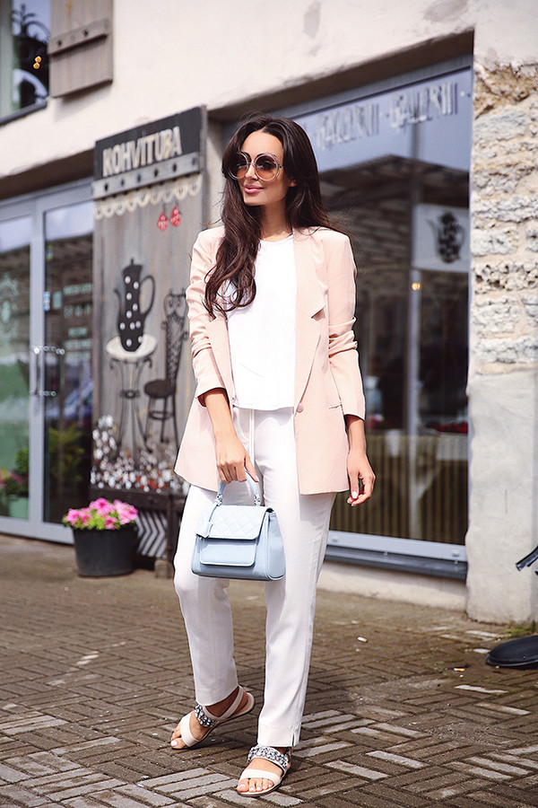 jacket tumblr work outfits office outfits pants white pants sandals flat sandals embellished bag pastel shoes sunglasses