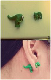 jewels,green,t-rex,earrings,accessories,dinosaur,front and back,double sided earrings,earphones,make-up,shiva safai,celebrity,knitted cardigan,cardigan,nude lipstick,eyebrows,natural makeup look,hairstyles