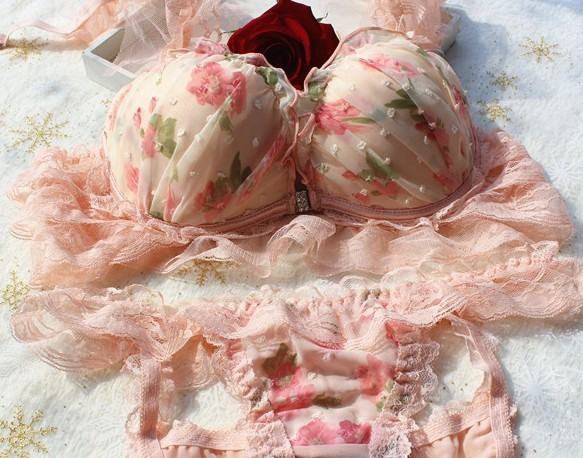 f887e8ae3c74 *FREE SHIP* Liz Lisa-inspired Floral Hime Bra and Panty Set from estelle on  Storenvy