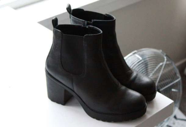 Black Chunky Heel Chelsea Ankle Boots