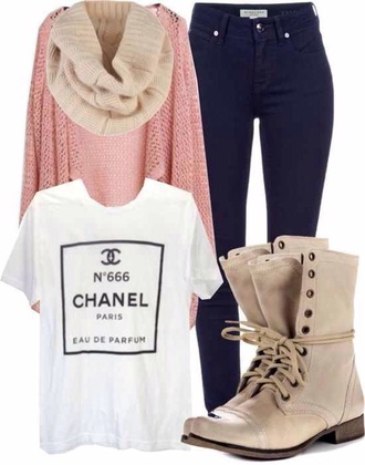 top boots chanel t-shirt