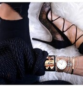 jewels,jewelry,style,watch,shoes,black,black jeans,black sweater,fashion,zara