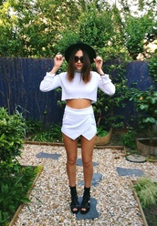 shirt,white,slit,hot,tumblr,pants,shorts,white shorts,white skort,wrap skirt,skirt,shoes,sweater,hat,white dress,crop tops,skorts,tumblr girl,tumblr clothes,beautiful,white skirt