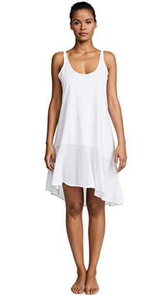 Skin white underwear