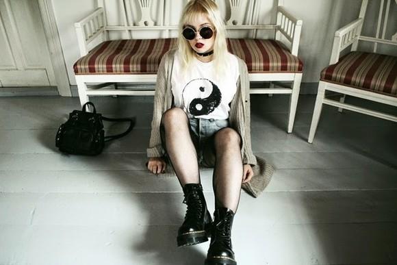 denim shorts cardigan thelma malna blogger sunglasses yin yang DrMartens
