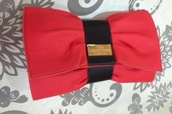 bag,red,clutch,bow,Valentino