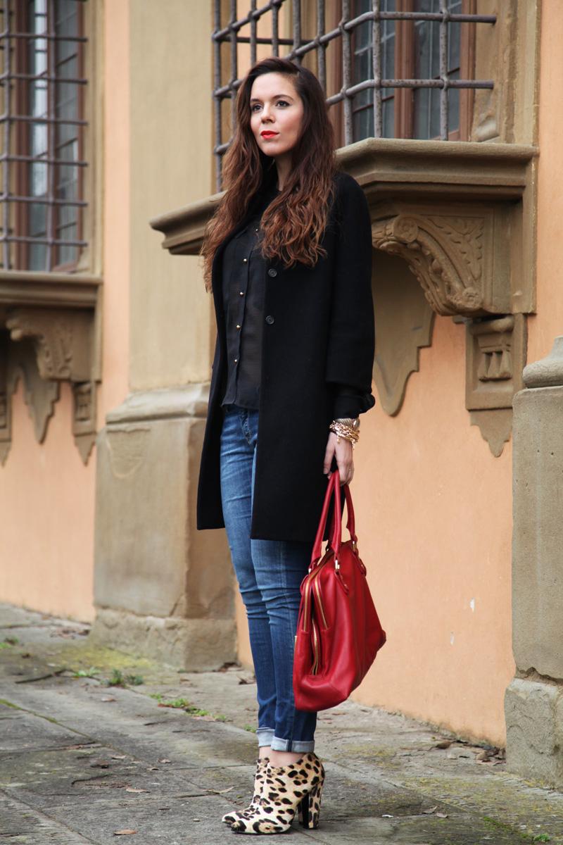 Scarpe Zanotti, una borsa rossa e Parigi
