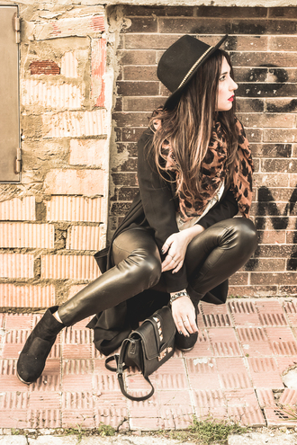 shoes and basics blogger hat leopard print leather leggings
