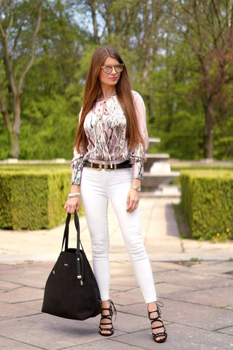 only my fashion style blogger bag jewels belt sunglasses shoes handbag blouse white jeans sandals high heel sandals spring outfits