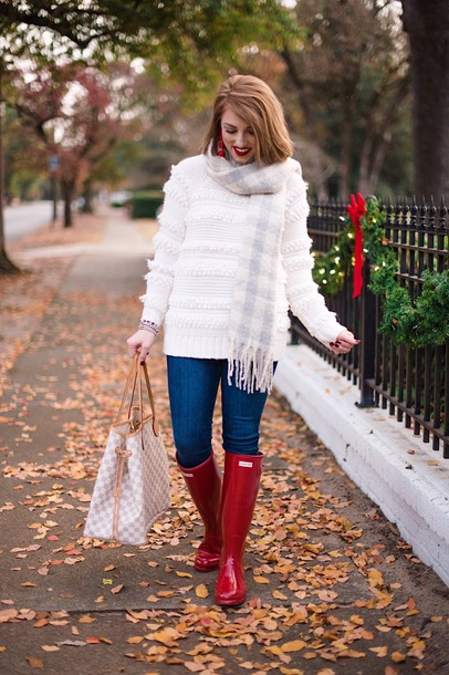 something delightful blogger sweater scarf shoes jewels winter outfits fall outfits white sweater boots wellies red boots louis vuitton bag