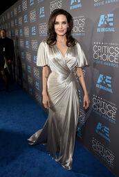 dress,critics' choice movie awards,angelina jolie,silver,versace