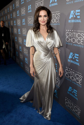 dress critics' choice movie awards angelina jolie silver versace
