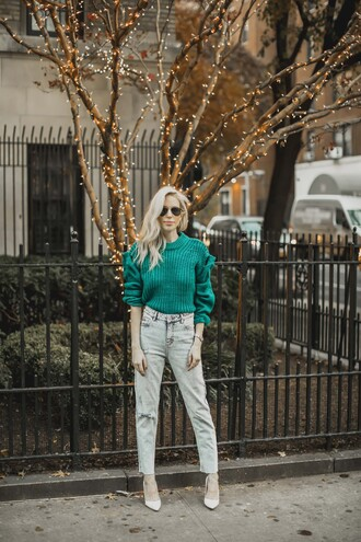 yael steren blogger coat sweater jeans shoes jewels sunglasses make-up nail polish green sweater pumps winter outfits fall outfits