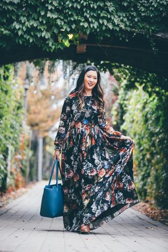 sandy a la mode blogger dress bag top skirt shoes maxi dress blue bag handbag plus size maxi dress plus size dress plus size curvy