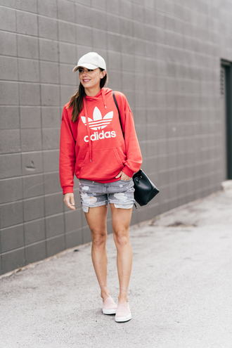 top tumblr red top adidas sweatshirt shorts denim denim shorts bag cap baseball cap hat