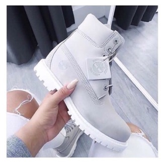 shoes timberlands boots grunge grey fashion laces pretty aesthetic tumblr winter boots fall outfits