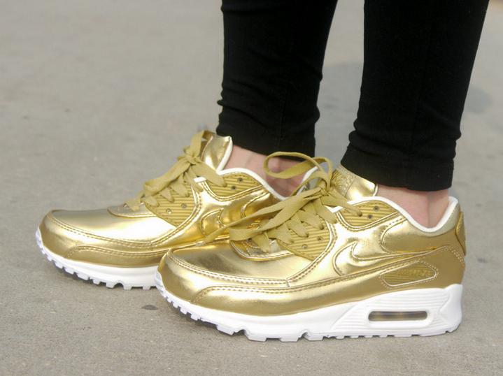 new style 0c75a b4337 Nike Air Max 90 Liquid Gold