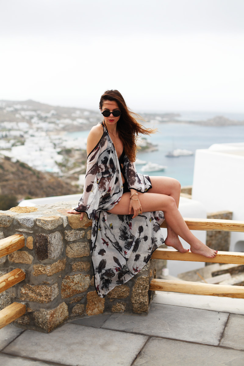 Villa Mykonos: breakfast at the pool!