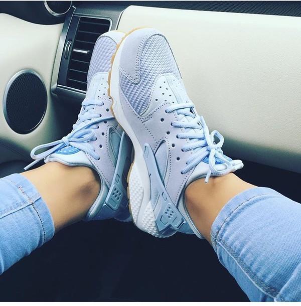 Shoes huarache baby blue nike sneakers blue huarache