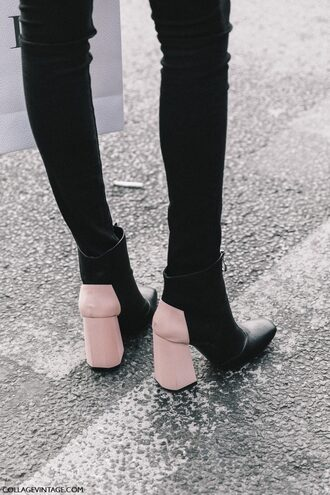 shoes tumblr fashion week 2017 streetstyle thick heel boots thick heel block heels ankle boots jeans black jeans skinny jeans