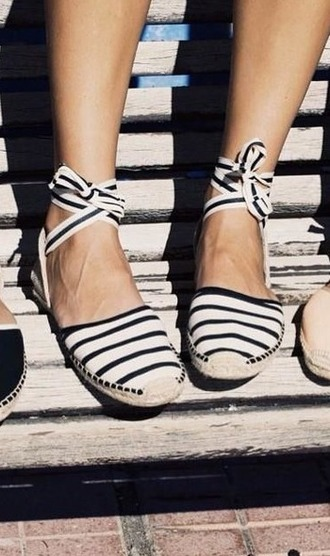 shoes girl girly girly wishlist cute lace up stripes flats espadrilles espadrillas