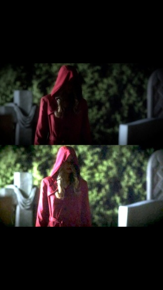 coat red coat red pretty little liars alison dilaurentis