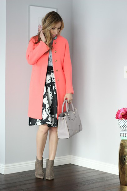 lilly's style blogger coat skirt shirt grey bag coral midi skirt suede shoes
