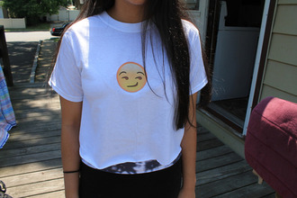 t-shirt emoji print yolo love more smiley face lookbook style needed